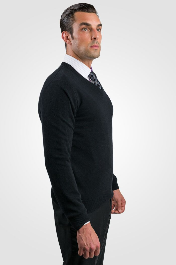 Black Men's 100% Cashmere Long Sleeve Pullover V Neck Sweater Right View